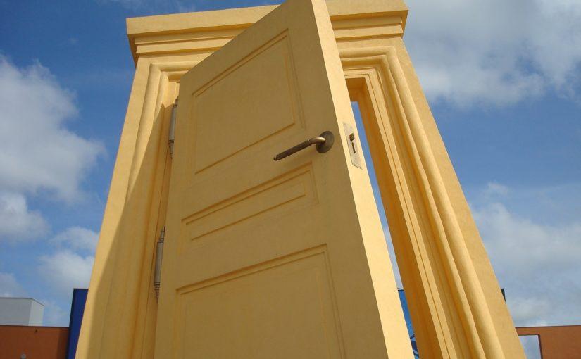 Biztonsági ajtó: nem csak a betörésvédelemben segít!