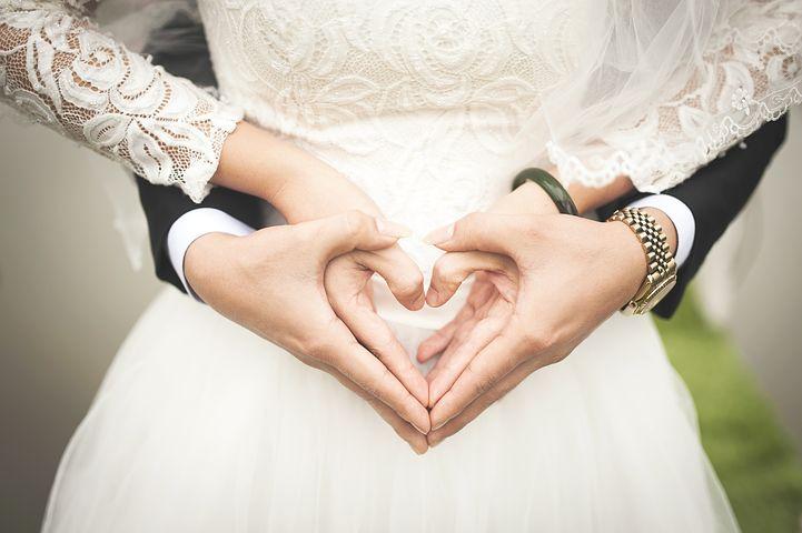 Esküvői ruha kiegészítők változatos sokszínűsége